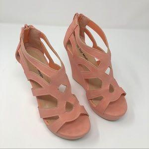 Few Moda Wedge Platform Sandals Size 5